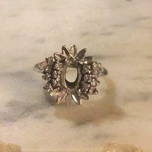 Victorian 18k Gold 8 Diamond Ring